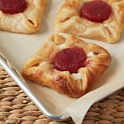 TopShelf Cuisine 15-count French Strawberry Cream Cheese Pastries