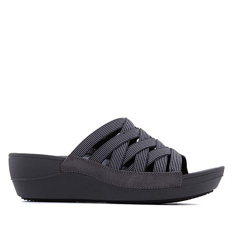 BareTraps Beverly Black Sandal