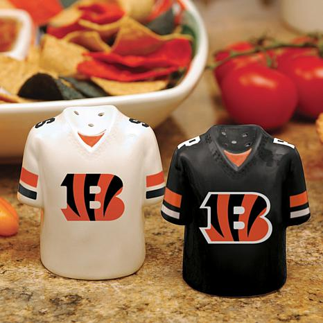 Ceramic Salt and Pepper Shakers - Cincinnati Bengals