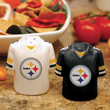Ceramic Salt and Pepper Shakers - Pittsburgh Steelers