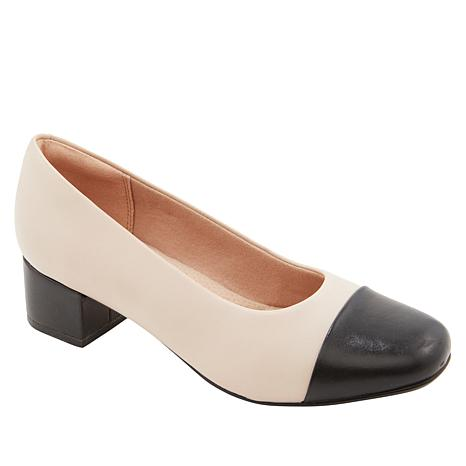 Collection by Clarks Chartli Diva Leather Pump