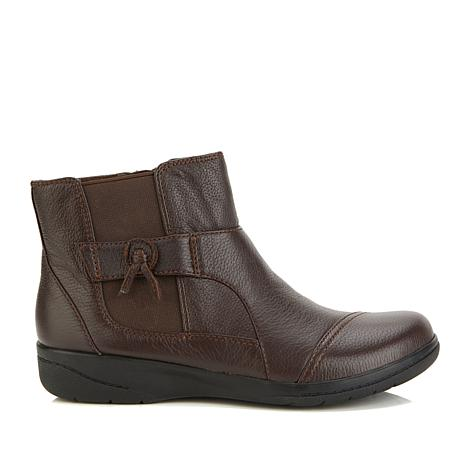 Collection by Clarks Cheyn Work Ankle Boot