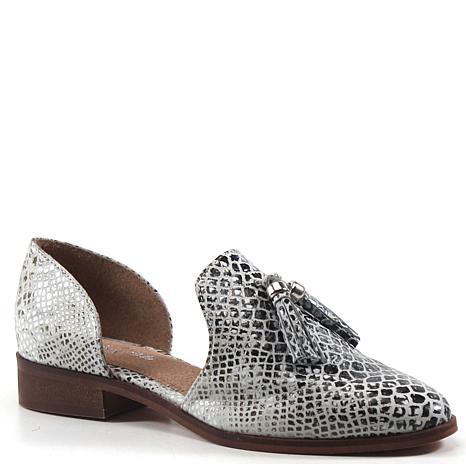 Diba True Neat Freak Leather Shoe