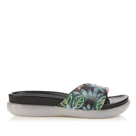Donald J. Pliner Hollie Thong Sandal