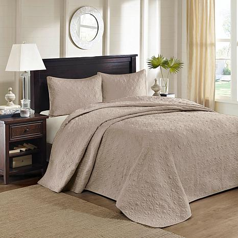 Madison Park Quebec Queen Quilted Bedspread Set - Khaki