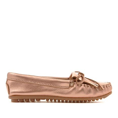 Minnetonka Kilty Metallic Leather Moccasin
