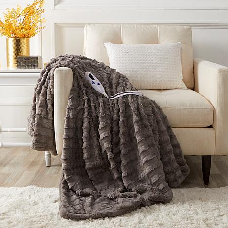Soft & Cozy Faux Fur Heated Throw