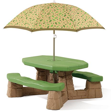 Step 2 Naturally Playful Picnic Table with Umbrella