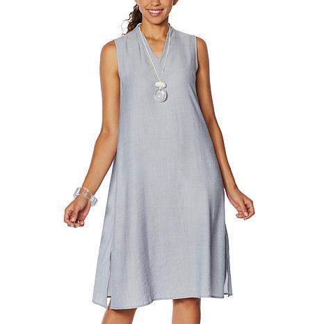 WynneLayers Sleeveless Crinkled Midi Dress