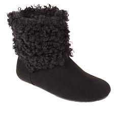 BEARPAW® Natoma III Faux Curly Lamb Travel Boot