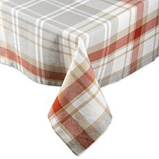 "Design Imports Cozy Picnic Plaid 60"" x 104"" Tablecloth"