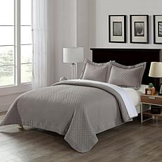 Lotus Home Stayclean Bacteria-Reducing Diamondesque Microfiber Quilt
