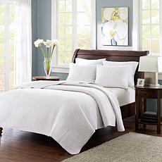 Madison Park Keaton Coverlet & Shams - King/White