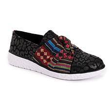 MUK LUKS® Women's Boardwalk Stepping out Sneaker