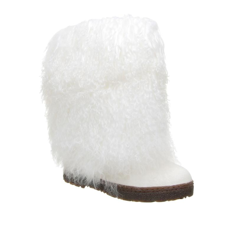 BEARPAW® Boetis II Haircalf Curly Lamb Boot