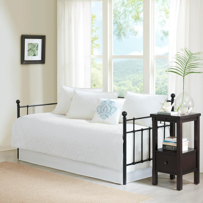 Madison Park Quebec Quilted 6-piece Day Bed Cover Set
