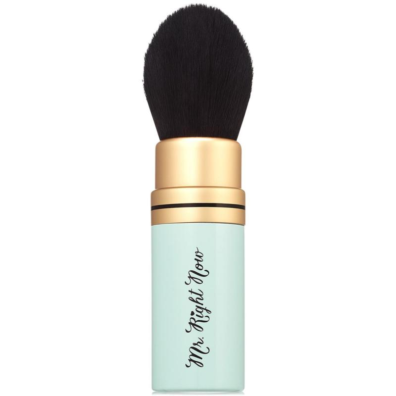 Too Faced Mr. Right Now Retractable Powder Brush